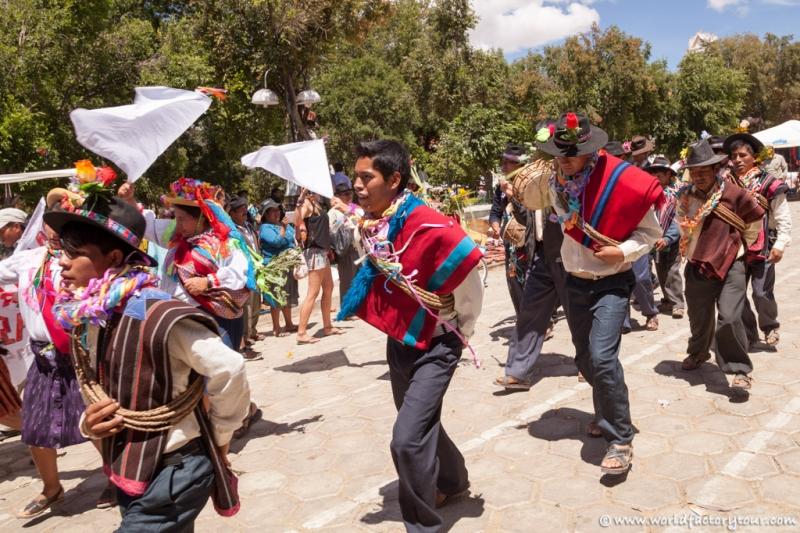 voyage-bolivie-marche-tarabuco-sucre-7